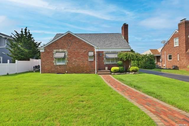 34 Salem Road, Merrick, NY 11566 (MLS #3334156) :: Signature Premier Properties
