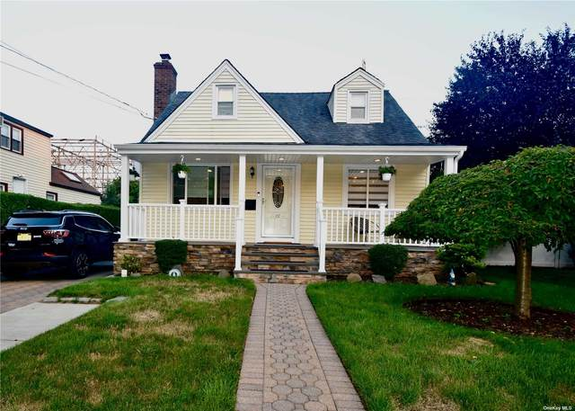 137 Foster Avenue, Valley Stream, NY 11580 (MLS #3334158) :: Goldstar Premier Properties