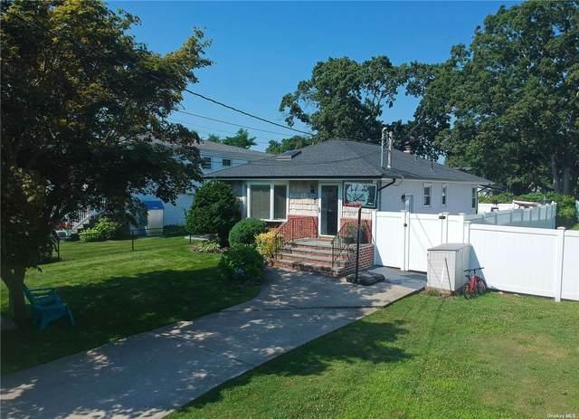 1368 Richland Boulevard, Bay Shore, NY 11706 (MLS #3334164) :: Carollo Real Estate