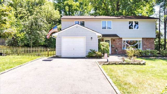 6 Daniel Drive, Glen Cove, NY 11542 (MLS #3334180) :: Mark Seiden Real Estate Team