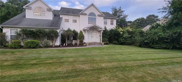 19 Thunder Road, Miller Place, NY 11764 (MLS #3334215) :: Mark Boyland Real Estate Team