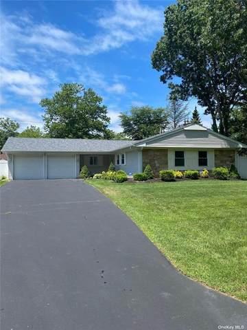 18 Barnwell Lane, Stony Brook, NY 11790 (MLS #3334353) :: Howard Hanna Rand Realty