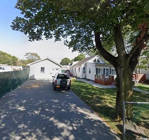 255 Tree Avenue, Central Islip, NY 11722 (MLS #3334405) :: Cronin & Company Real Estate