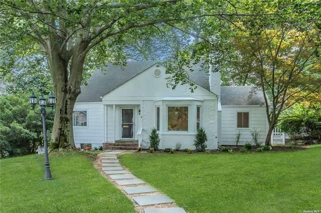 32 Wickham Road, East Hills, NY 11577 (MLS #3334423) :: Howard Hanna Rand Realty