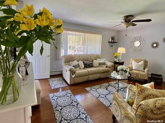 318 Auborn Avenue, Shirley, NY 11967 (MLS #3334454) :: Goldstar Premier Properties