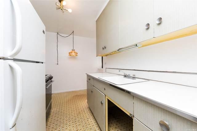 87-40 B Francis Lewis Boulevard 22B, Queens Village, NY 11427 (MLS #3334461) :: Cronin & Company Real Estate