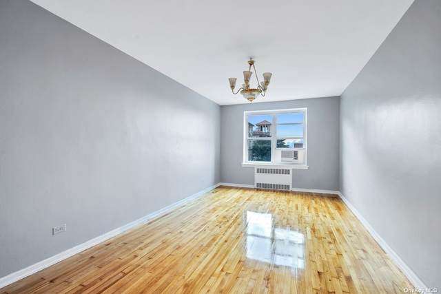 33-15 81st Street 5C, Jackson Heights, NY 11372 (MLS #3334749) :: Carollo Real Estate