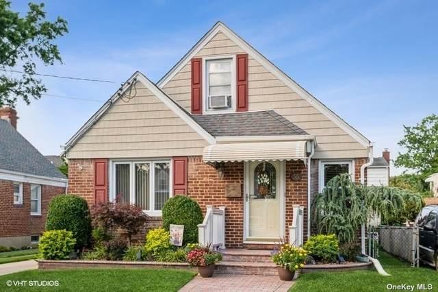 55 Keller Street, Valley Stream, NY 11580 (MLS #3334862) :: Goldstar Premier Properties