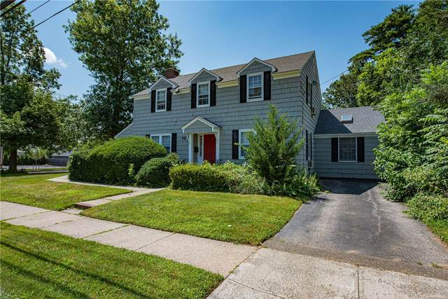 70 Lawrence Avenue, Smithtown, NY 11787 (MLS #3334865) :: Signature Premier Properties
