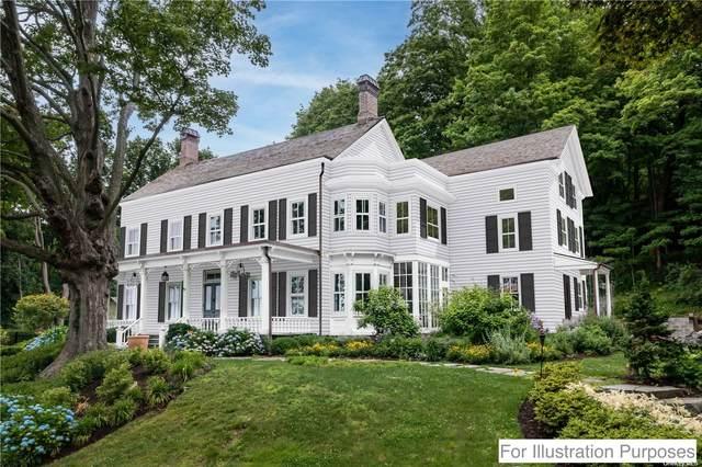 215 Harbor Road, Cold Spring Hrbr, NY 11724 (MLS #3334874) :: Signature Premier Properties