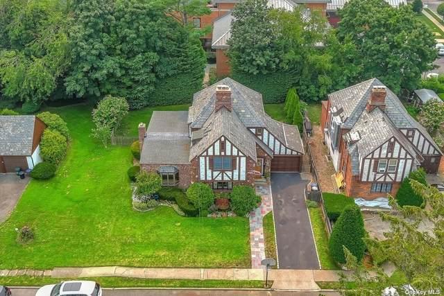 5 Narwood Court, Merrick, NY 11566 (MLS #3335050) :: Signature Premier Properties