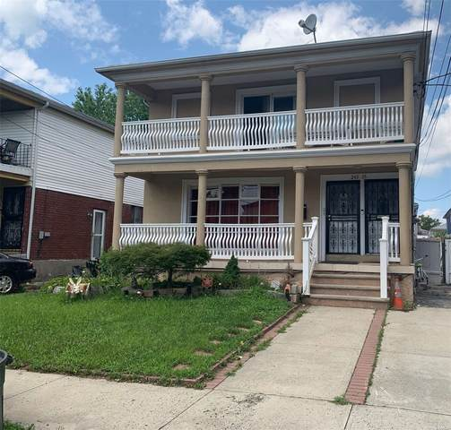 245-35 149th Avenue, Rosedale, NY 11422 (MLS #3335079) :: The Clement, Brooks & Safier Team