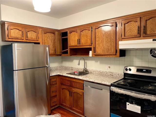 137-03 Mulberry Ave 1st Fl, Flushing, NY 11354 (MLS #3335097) :: Kendall Group Real Estate | Keller Williams