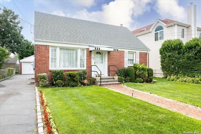191 Roxbury Road, Garden City S., NY 11530 (MLS #3335411) :: Goldstar Premier Properties
