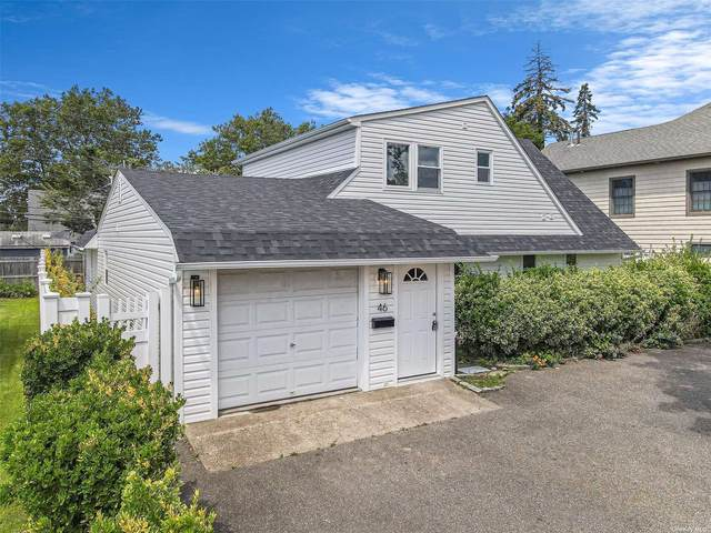 46 Middle Lane, Westbury, NY 11590 (MLS #3335544) :: The Clement, Brooks & Safier Team