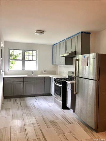 8139 168th Street, Hillcrest (Queens), NY 11432 (MLS #3335547) :: The Clement, Brooks & Safier Team