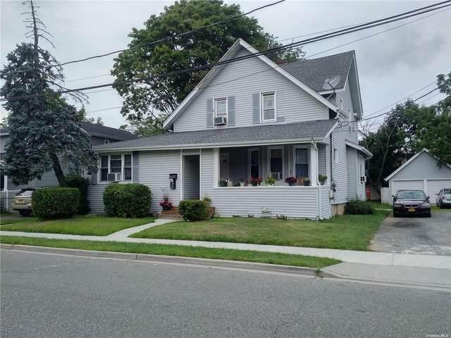 15 Water Street, Rockville Centre, NY 11570 (MLS #3335630) :: Signature Premier Properties