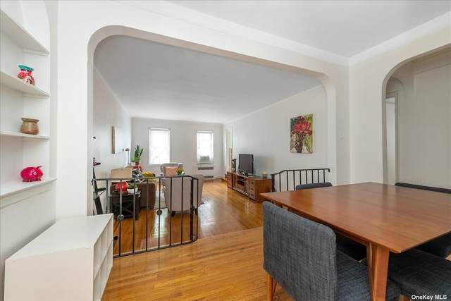 110-35 72nd Road #302, Forest Hills, NY 11375 (MLS #3335715) :: The Clement, Brooks & Safier Team