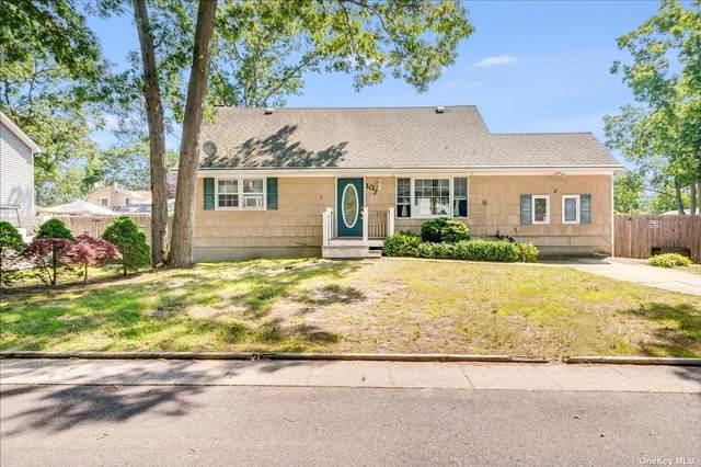 107 Sherman Street, Patchogue, NY 11772 (MLS #3335719) :: Signature Premier Properties