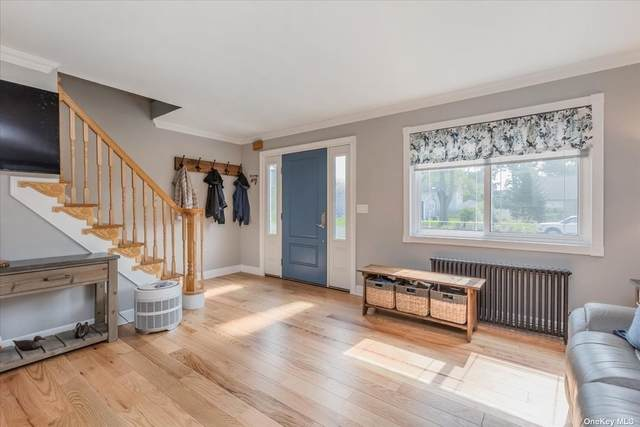 294 West Road, Bayport, NY 11705 (MLS #3335790) :: The Clement, Brooks & Safier Team