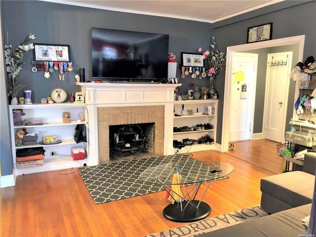 8 Barstow Road 3J, Great Neck, NY 11021 (MLS #3336005) :: Laurie Savino Realtor