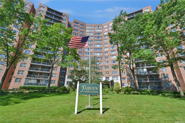 61-20 Grand Central Parkway B706, Forest Hills, NY 11375 (MLS #3336227) :: Laurie Savino Realtor