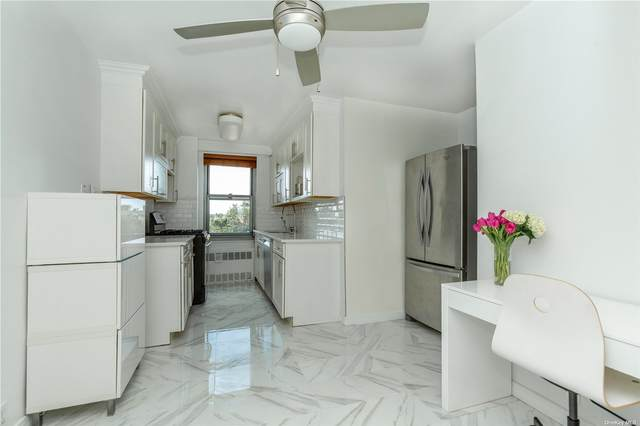 70-25 Yellowstone Blvd 7M, Forest Hills, NY 11375 (MLS #3340025) :: McAteer & Will Estates | Keller Williams Real Estate