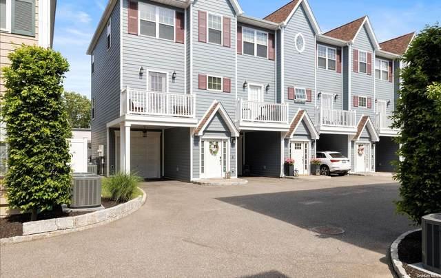 11 Hearthstone #11, Farmingdale, NY 11735 (MLS #3340474) :: Goldstar Premier Properties
