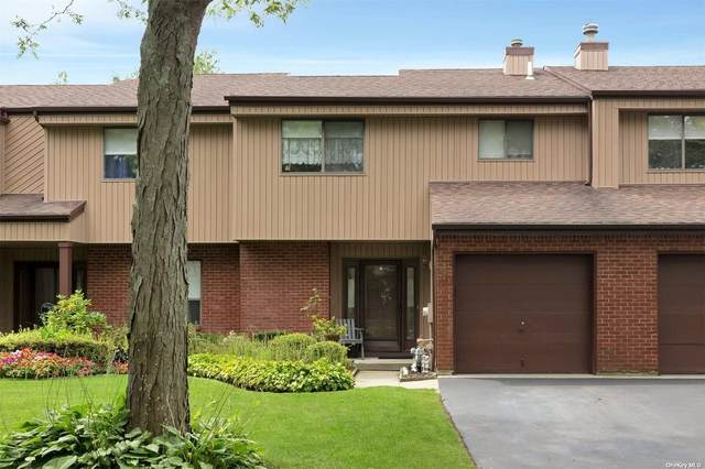 Holbrook, NY 11741 :: Goldstar Premier Properties