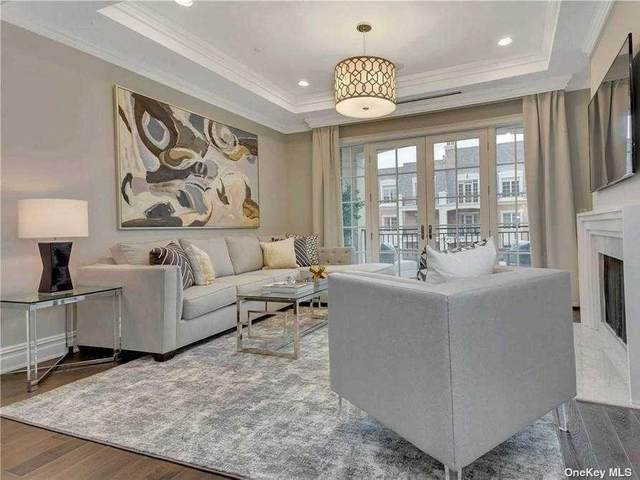 1000 Royal Court #1105, North Hills, NY 11040 (MLS #3342374) :: Cronin & Company Real Estate