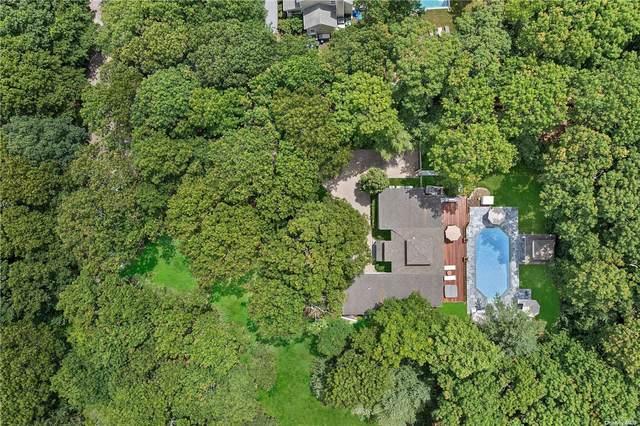 10 Winterberry Lane, East Hampton, NY 11937 (MLS #3343040) :: Carollo Real Estate