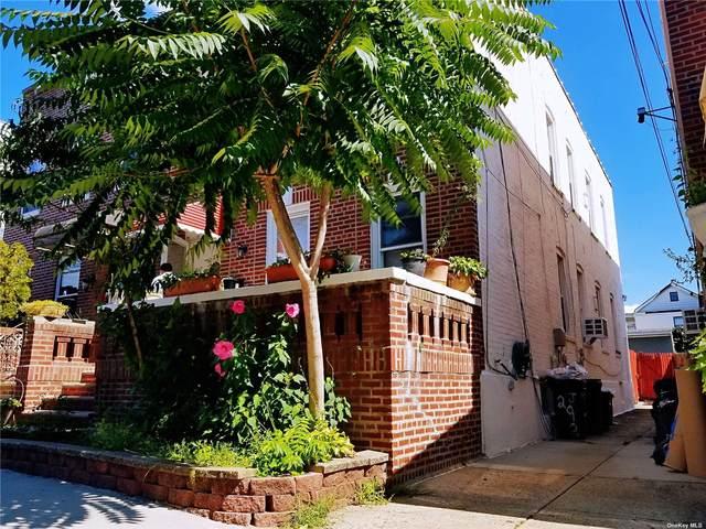 69-63 74th Street, Middle Village, NY 11379 (MLS #3345431) :: Carollo Real Estate