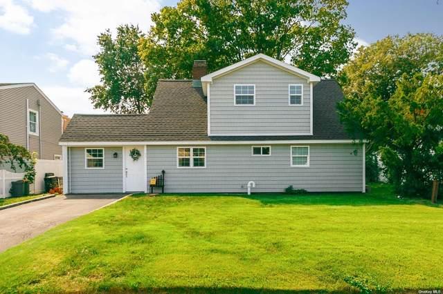 84 S Cabot Lane, Westbury, NY 11590 (MLS #3345875) :: Cronin & Company Real Estate