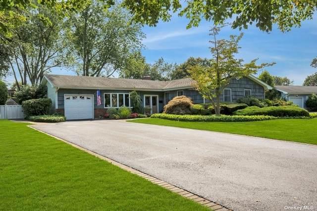 14 Long Bow Lane, Commack, NY 11725 (MLS #3345895) :: Cronin & Company Real Estate