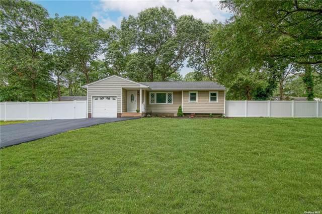 186 Pennsylvania Avenue, Medford, NY 11763 (MLS #3346096) :: Cronin & Company Real Estate