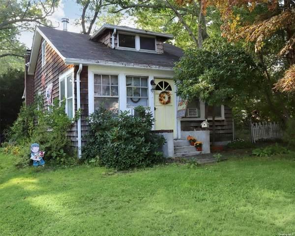 90 Adirondack Drive, Selden, NY 11784 (MLS #3346159) :: The Home Team