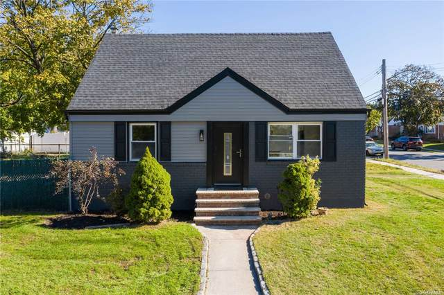 240-07 128th Road, Rosedale, NY 11422 (MLS #3346171) :: The Home Team
