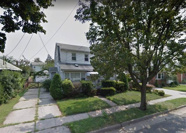 39 Fairfield Avenue, Mineola, NY 11501 (MLS #3346373) :: Keller Williams Points North - Team Galligan