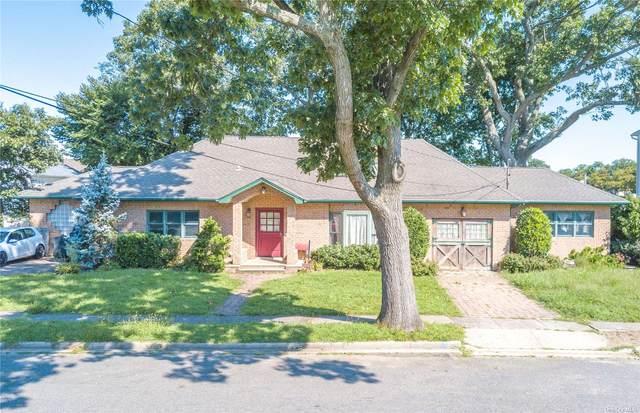 327 Dennis Street, Oceanside, NY 11572 (MLS #3346842) :: Signature Premier Properties