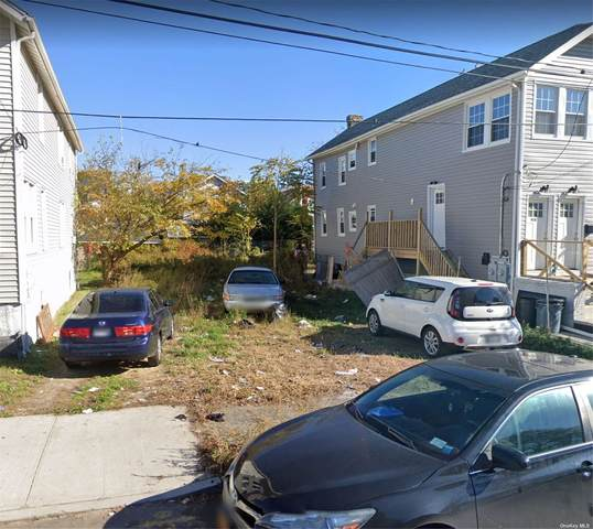 418 Beach 38th Street, Far Rockaway, NY 11691 (MLS #3347400) :: Signature Premier Properties