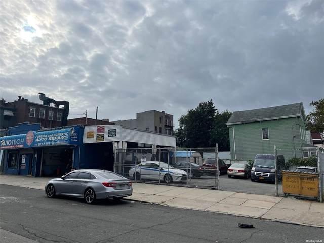 121-02 18th Avenue, College Point, NY 11356 (MLS #3347534) :: Carollo Real Estate