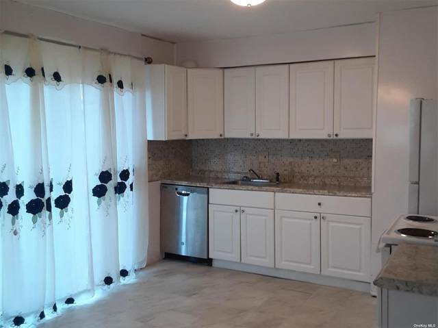 75 Saint George Drive, Shirley, NY 11967 (MLS #3347541) :: Signature Premier Properties