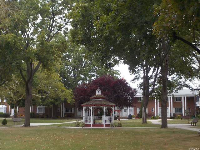 247-45 77th Crescent 2nd Fl, Bellerose, NY 11426 (MLS #3347746) :: Carollo Real Estate