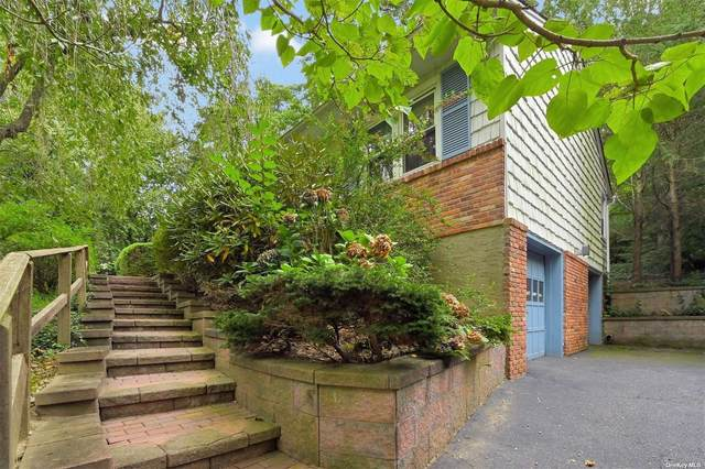 9 Merriwind Drive, Huntington Sta, NY 11746 (MLS #3347821) :: Signature Premier Properties