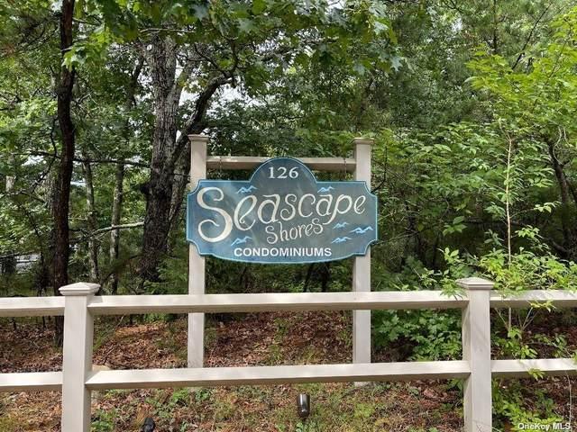 126 Lynn Avenue #1, Hampton Bays, NY 11946 (MLS #3347940) :: Signature Premier Properties