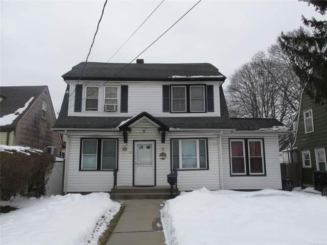 58 N Columbus Avenue, Freeport, NY 11520 (MLS #3347942) :: Signature Premier Properties