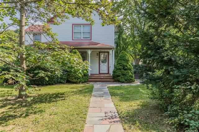 1131 Smithtown Avenue, Bohemia, NY 11716 (MLS #3347951) :: Signature Premier Properties