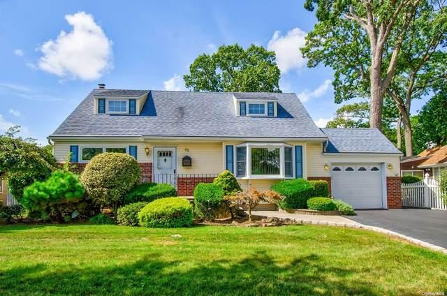 Wantagh, NY 11793 :: Signature Premier Properties