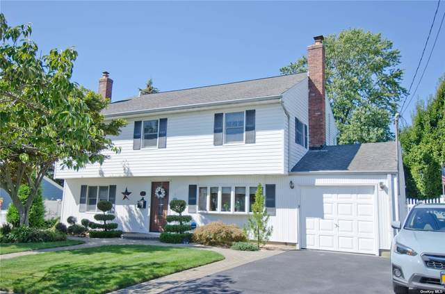 210 Seaford Avenue, Massapequa, NY 11758 (MLS #3348168) :: Carollo Real Estate