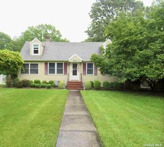 940 Oak Drive, Southold, NY 11971 (MLS #3348254) :: Laurie Savino Realtor